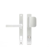 AXA 6765 Curve aluminium smal D-knop/kruk veiligheidsgarnituur voor buitendeuren met kerntrekbeveiliging