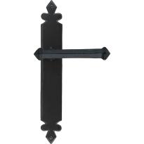 Wardlo deurkruk op schild 273x40mm Blind smeedijzer zwart