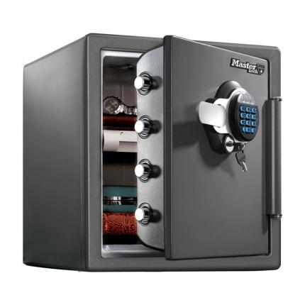 Master Lock safe 123 XL