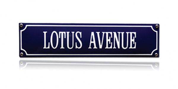 Retro straatnaamborden